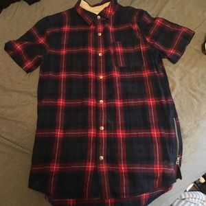 Pacsun Flannel t shirt with zippers